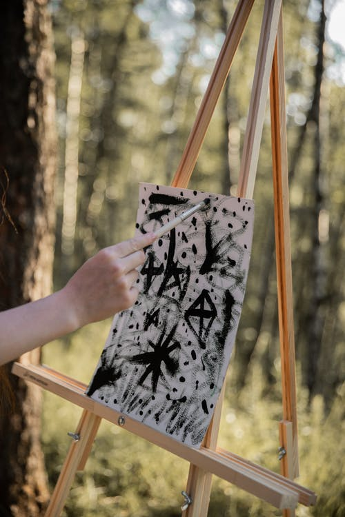 Fotos de stock gratuitas de adulto, al aire libre, árbol, bonito