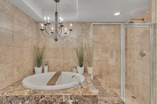 Бесплатное стоковое фото с washcloset, архитектура, в помещении, Ванна