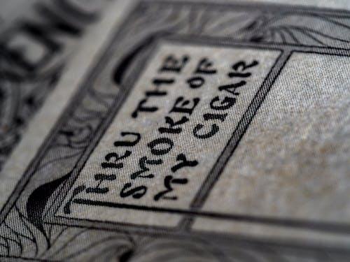 Kostenloses Stock Foto zu art, beschriftung, bokeh, drucken