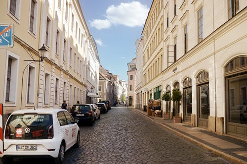 Imagine de stoc gratuită din arhitectură, autoturisme, caldarâm, clădiri