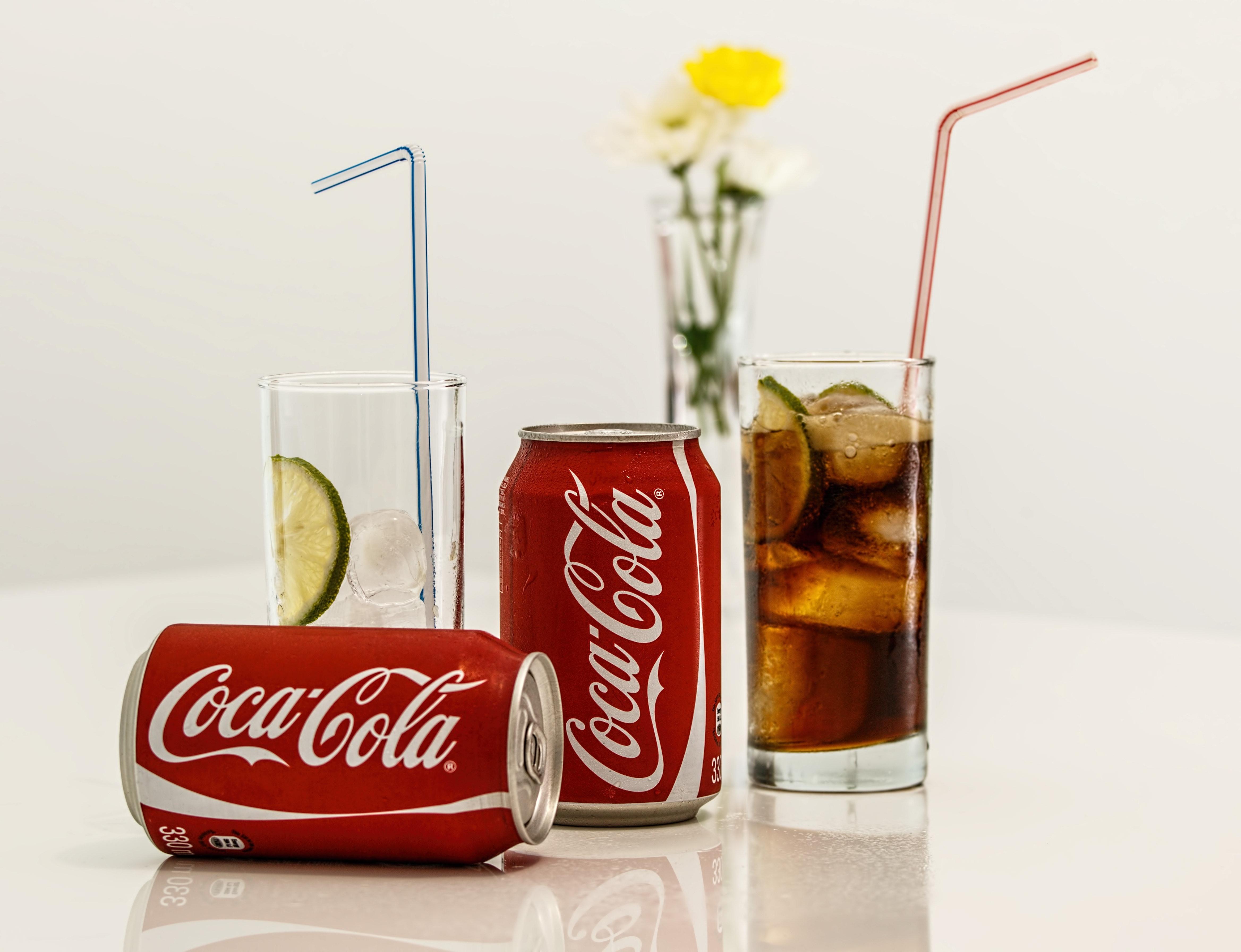 Kostenloses Foto zum Thema: alkoholfreie getränke, coca cola, eis