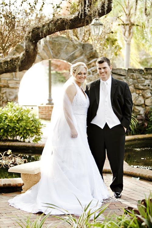 Kostenloses Stock Foto zu braut, bräutigam, ehe, hochzeit