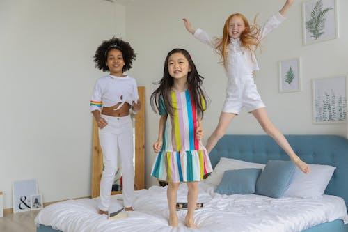 Darmowe zdjęcie z galerii z aktywność, apartament, arkusz, azjatycka dziewczyna