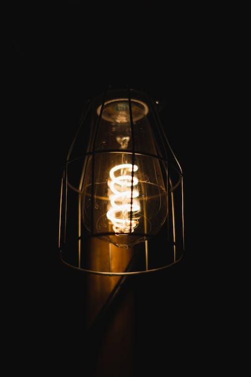 Gratis lagerfoto af belyst, elektricitet, elpære