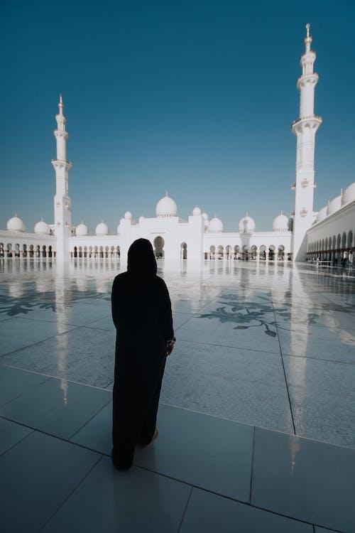 คลังภาพถ่ายฟรี ของ абая, абудаби, арки, девушка