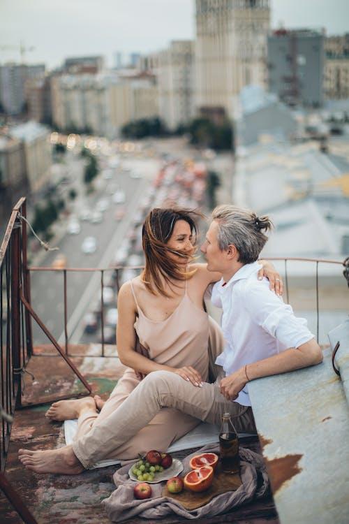 Fotobanka sbezplatnými fotkami na tému #love, byť spolu, cestovať, dievča