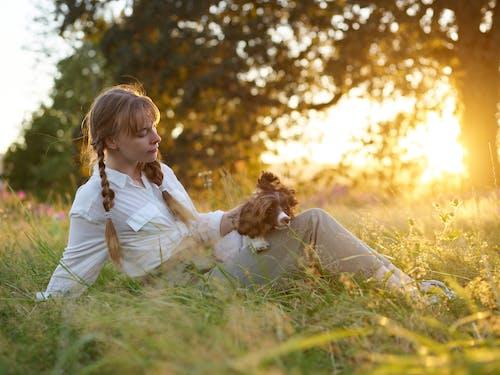 Безкоштовне стокове фото на тему «блондинка, веселий, дитина, Дівчина»