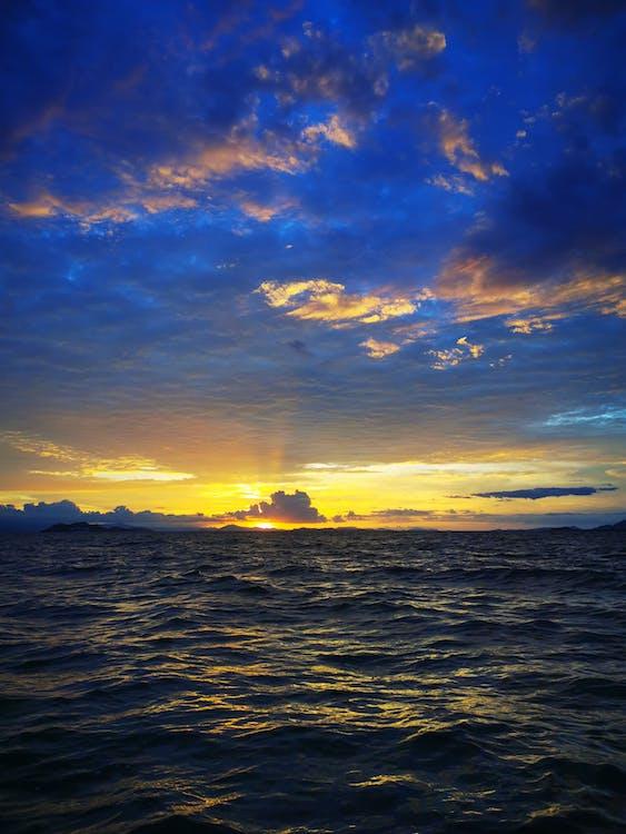 Free stock photo of beach, blue ocean, blue sky