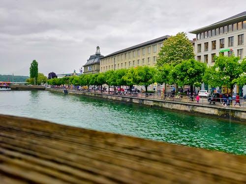 Ilmainen kuvapankkikuva tunnisteilla eurooppa, joen ranta, matkamuistoja, puut