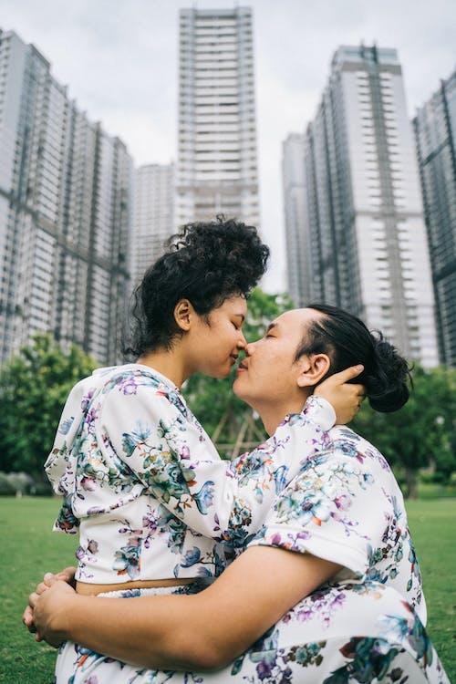 Fotobanka sbezplatnými fotkami na tému Ázijčan, Ážijčanka, ázijský pár