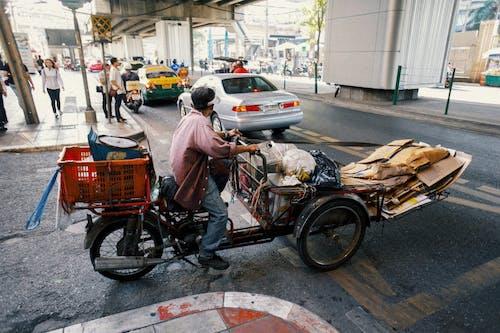 Ingyenes stockfotó aszfalt, autó, bicikli, biciklis témában