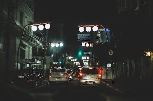 Foto profissional grátis de automóveis, cidade, edifícios, engarrafamento