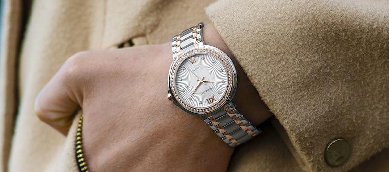 Free stock photo of fashion, woman, hand, wristwatch