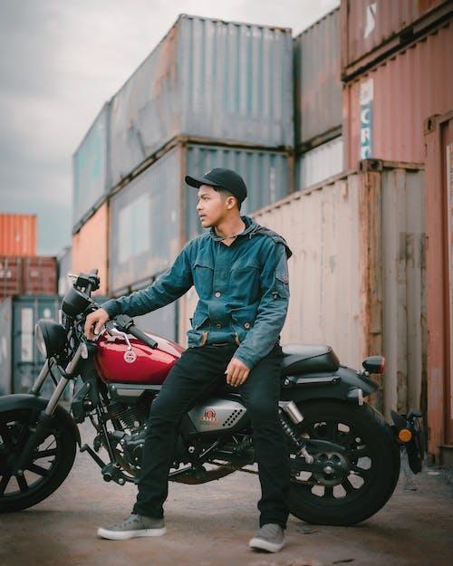 Základová fotografie zdarma na téma biker, cyklista, dopravní systém, dospělý