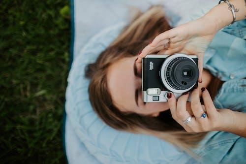 Photos gratuites de amour, amusement, appareil photo, beau