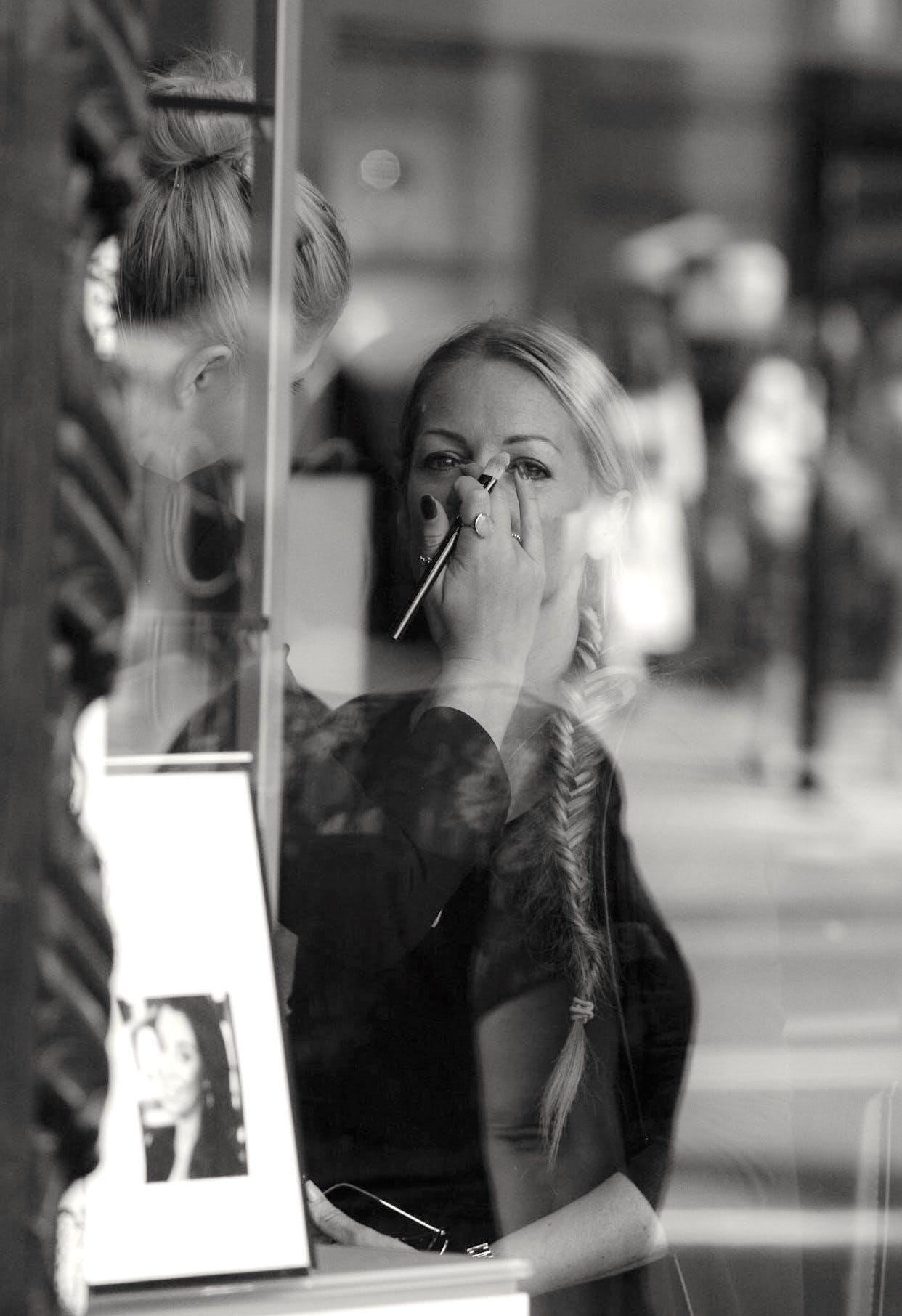 Free stock photo of black-and-white, fashion, women, eyes