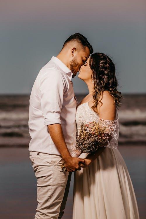 Ilmainen kuvapankkikuva tunnisteilla aistillinen, avioliitto, aviomies