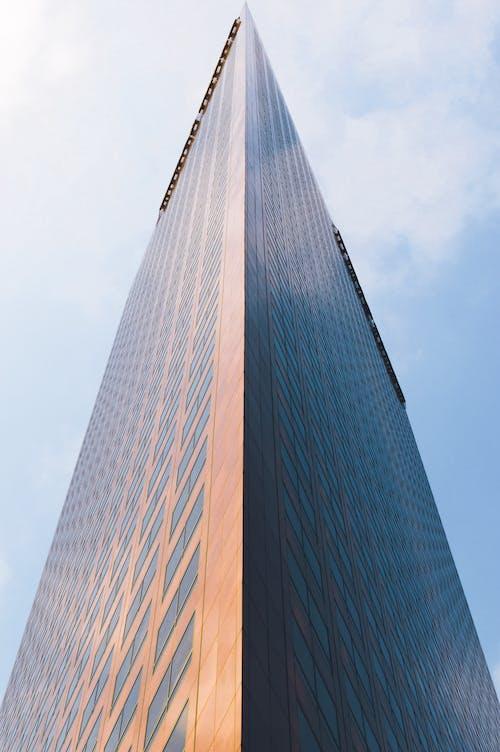 คลังภาพถ่ายฟรี ของ ตัวเมือง, ตึกระฟ้า, ภาพถ่ายมุมต่ำ, มุมมอง