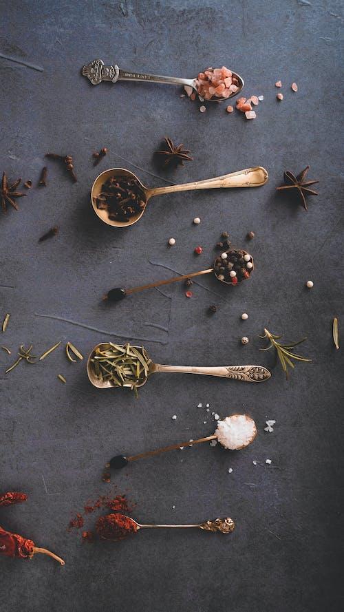 Darmowe zdjęcie z galerii z chilli, czarny pieprz, fotografia kulinarna, płaska żywność