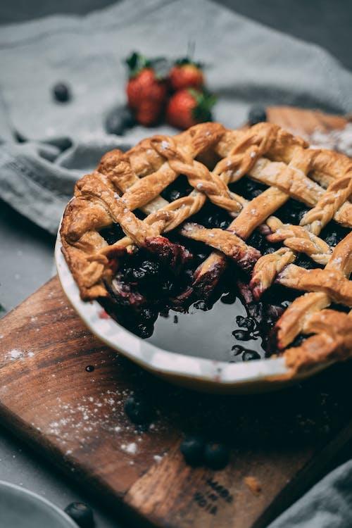 Безкоштовне стокове фото на тему «вишневий пиріг, десерт, домашні страви, домашня кухня»