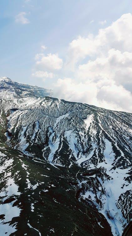Бесплатное стоковое фото с восходить, высокий, гора