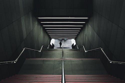 Foto d'estoc gratuïta de arquitectura, escala, escales, formigó