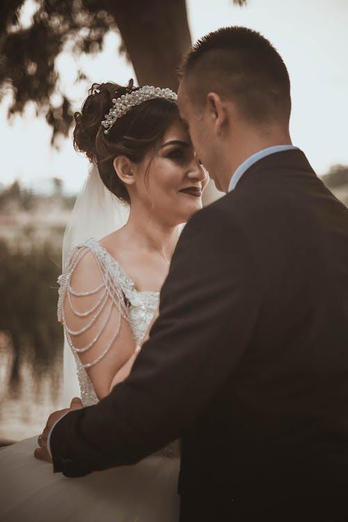 คลังภาพถ่ายฟรี ของ กอด, การดูแล, การประสาน, การแต่งงาน