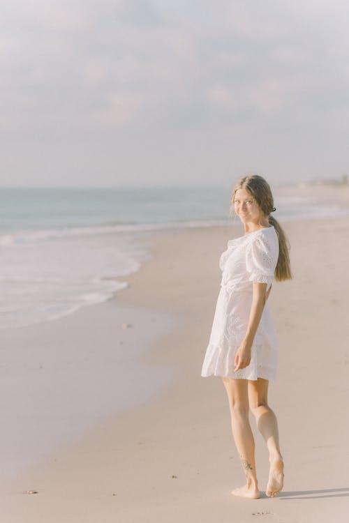 Ilmainen kuvapankkikuva tunnisteilla aurinkoinen, boho, hiekka