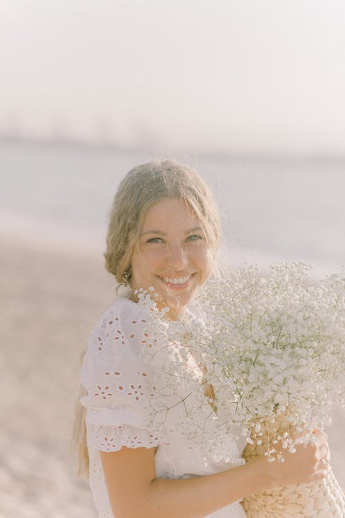 一束鮮花, 垂直, 女人 的 免費圖庫相片