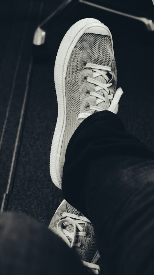 Free stock photo of shoes, sneakers, sneakers on black background
