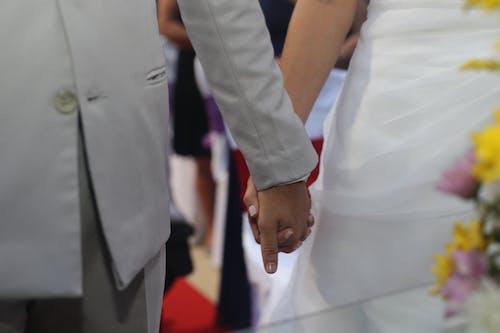 Gratis stockfoto met bruid, bruidegom, bruiloft, getrouwd