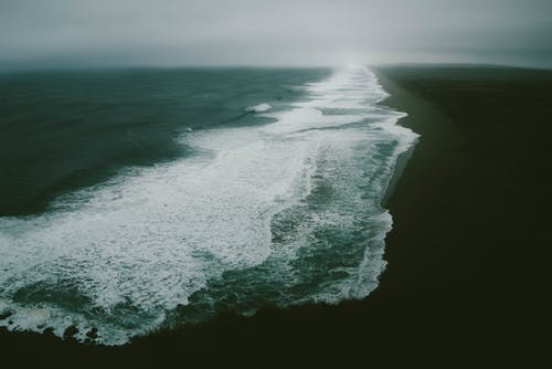 Gratis arkivbilde med bølger, flyfoto, fugleperspektiv, hav