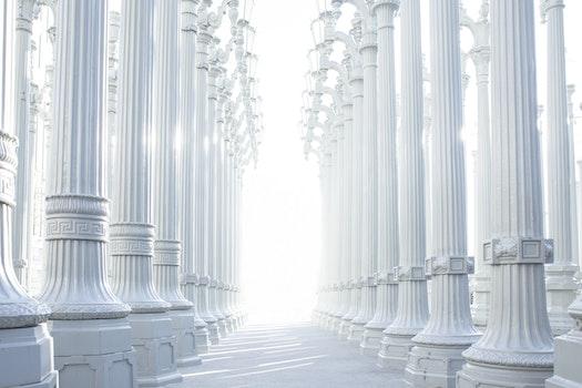 Free stock photo of architecture, white, palace, columns