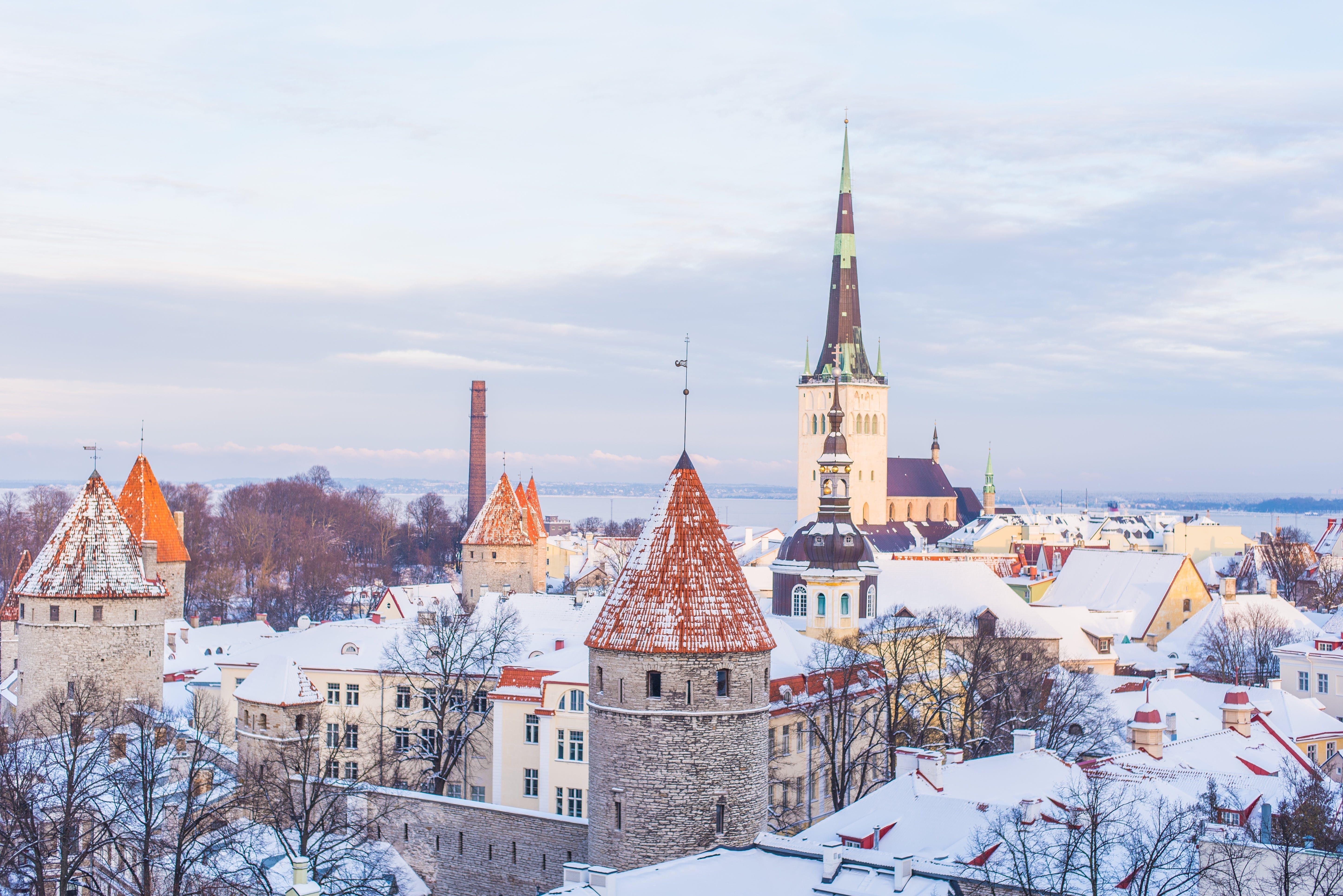 Ingyenes stockfotó építészet, épületek, gótikus, hó témában