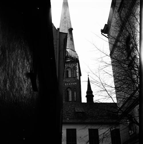 Immagine gratuita di analogico, angolo basso, antico