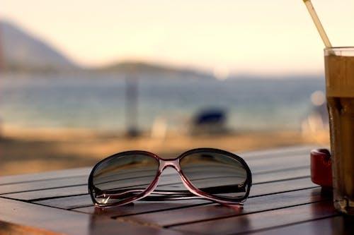 Foto stok gratis air, cairan, kacamata, kacamata hitam