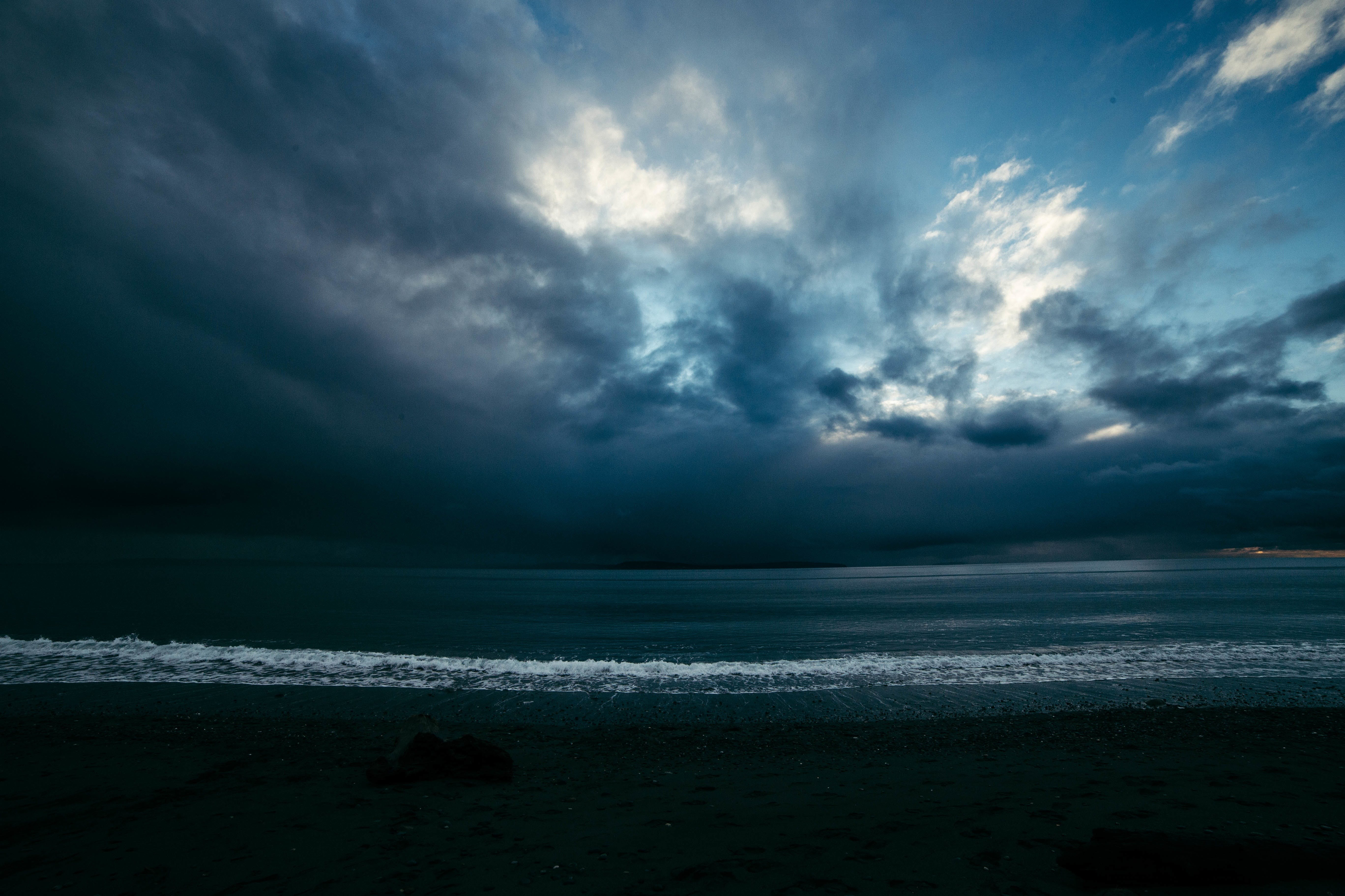 Free stock photo of light, sea, beach, clouds
