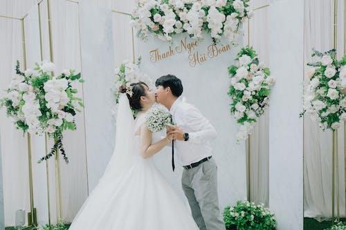 คลังภาพถ่ายฟรี ของ การจัดดอกไม้, การหมั้น, การแต่งงาน, ของเจ้าสาว