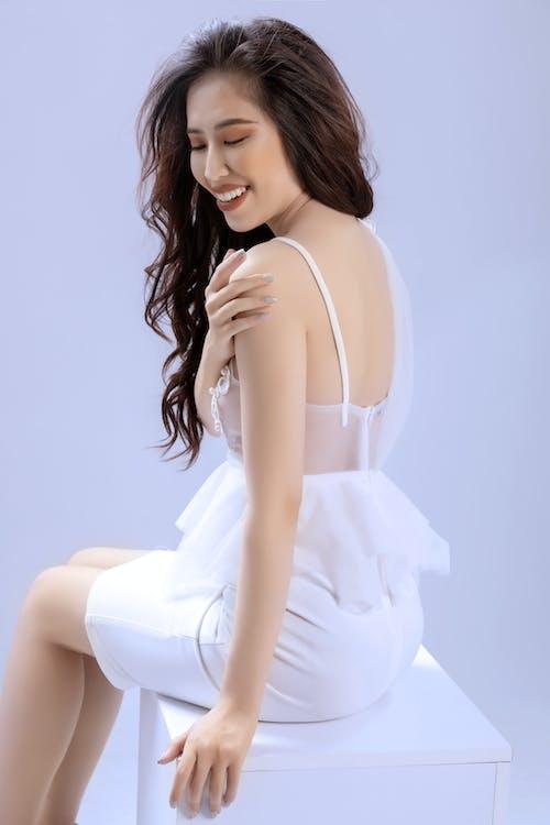 Безкоштовне стокове фото на тему «азіатська дівчина, Гарний, гламур, дивитися»