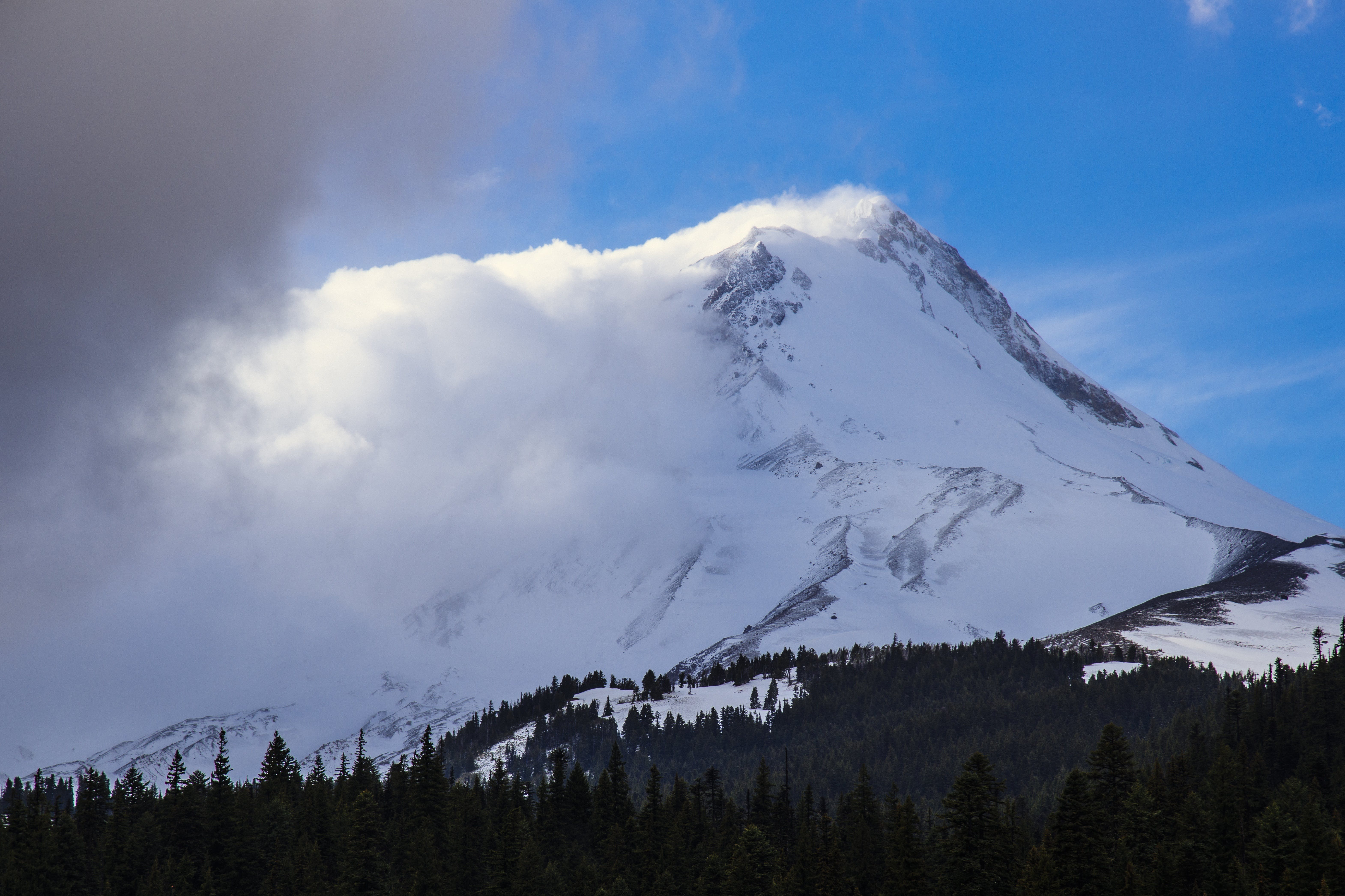 Snow Covered Mountain Under Blue and White Sunny Cloudy Sky