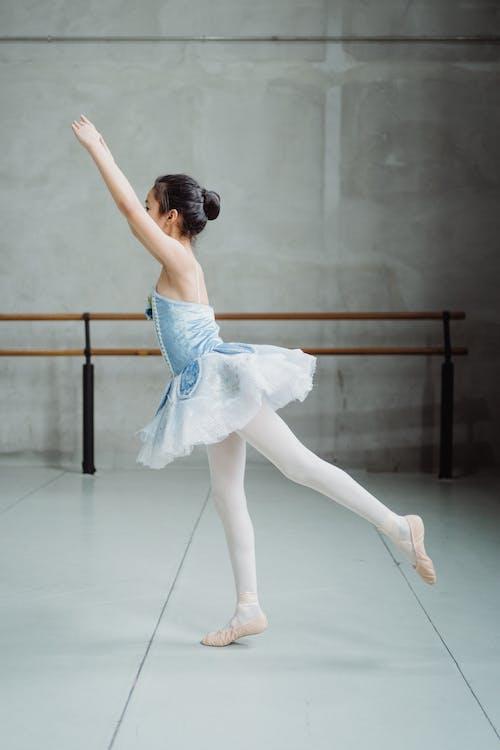 Formation De Ballerine En Pointes En Studio