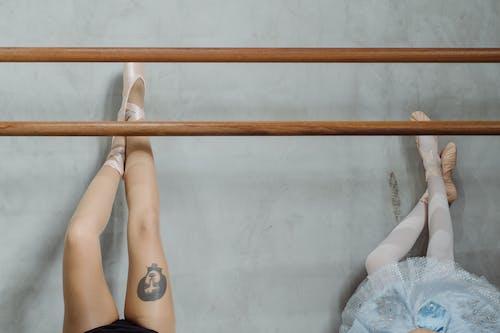 Darmowe zdjęcie z galerii z anonimowy, artysta, autobus, balerina