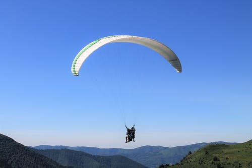 Paraglide in the Air