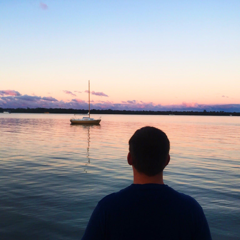 Fotos de stock gratuitas de agua, amanecer, barca, cielo