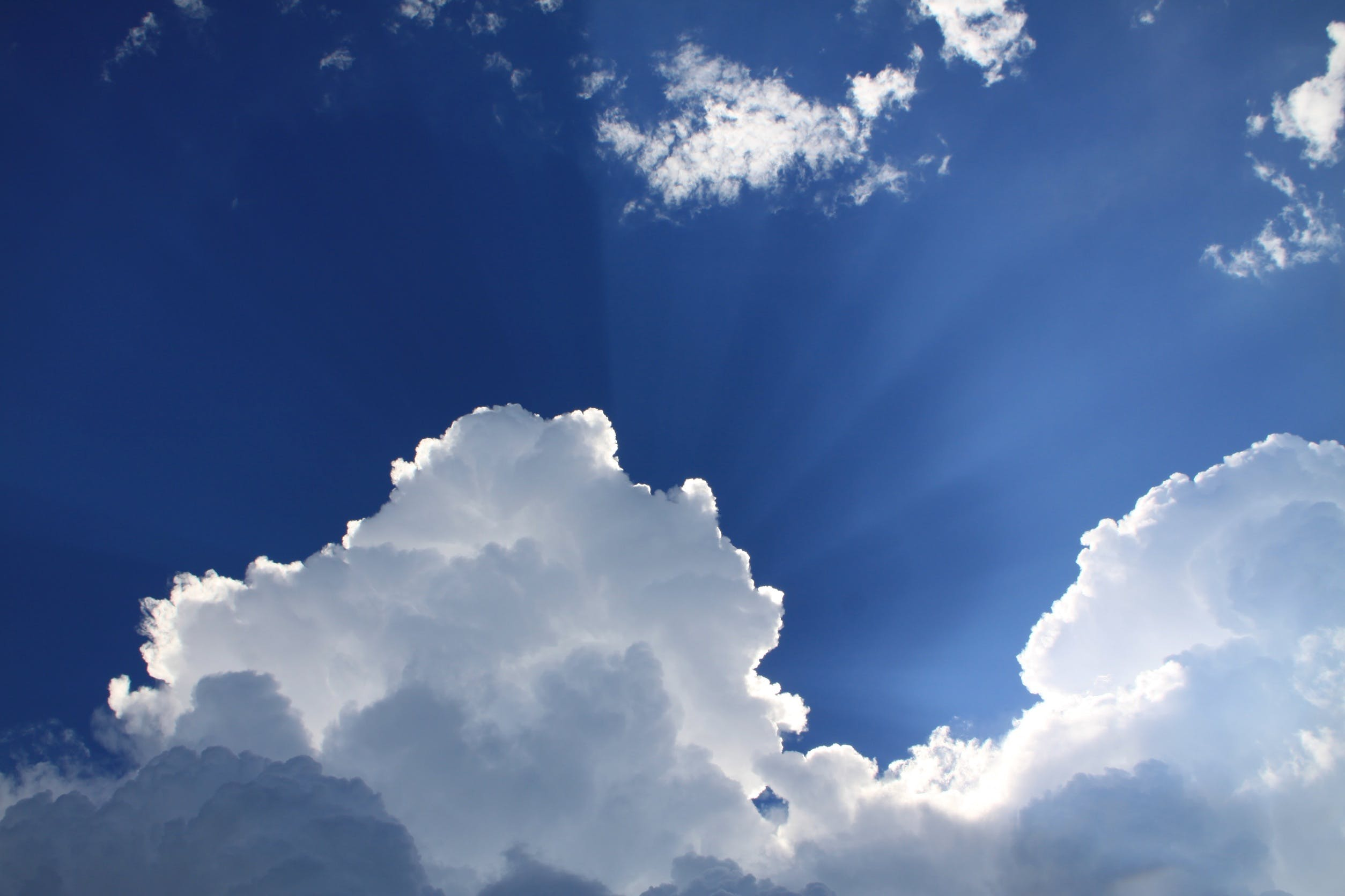 Free stock photo of sky, clouds, blue, sunbeams
