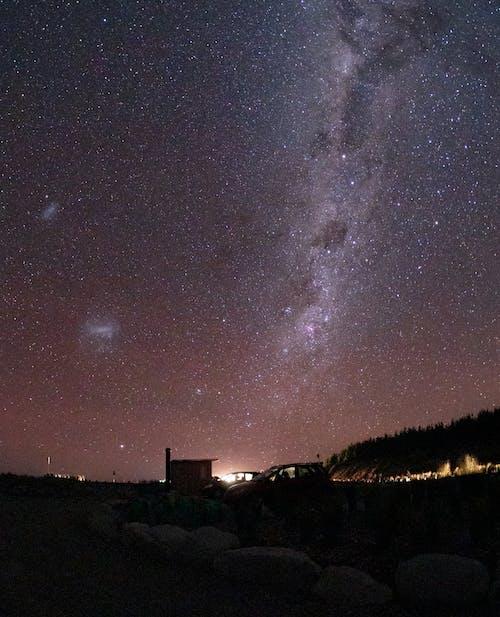 Δωρεάν στοκ φωτογραφιών με astro, galaxy, mountain rock