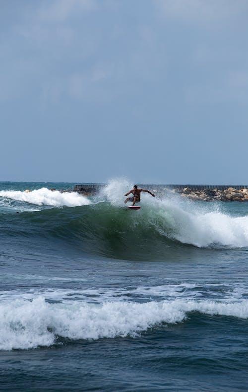 Gratis lagerfoto af bevægelse, bølge, handling, hav