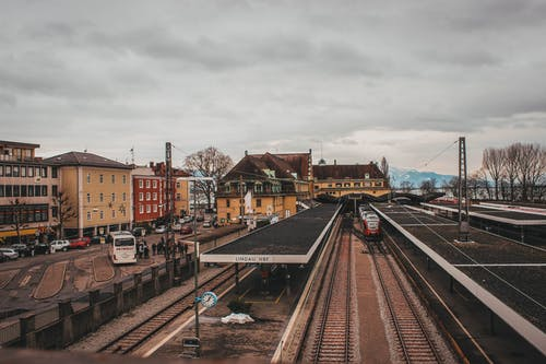 シティ, ダウンタウン, 交通機関, 光の無料の写真素材