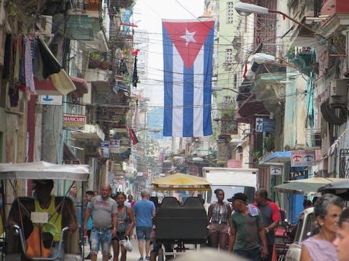 Free stock photo of bandera de cuba, bicitaxis, cuba