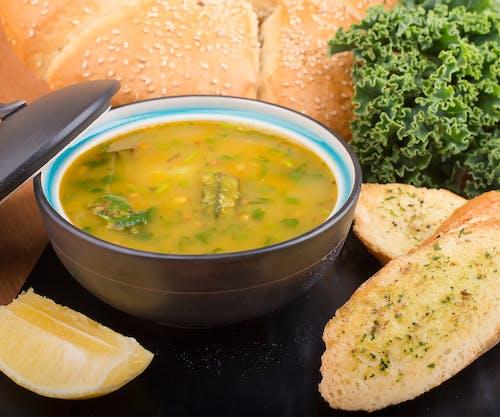 Darmowe zdjęcie z galerii z chleb czosnkowy, danie, fotografia kulinarna